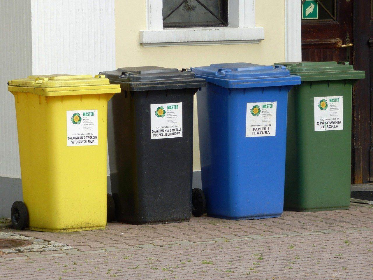¿Dónde contratar contenedores de residuos urbanos?