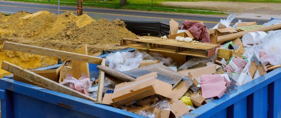 Efectos del mal uso de los contenedores de escombros